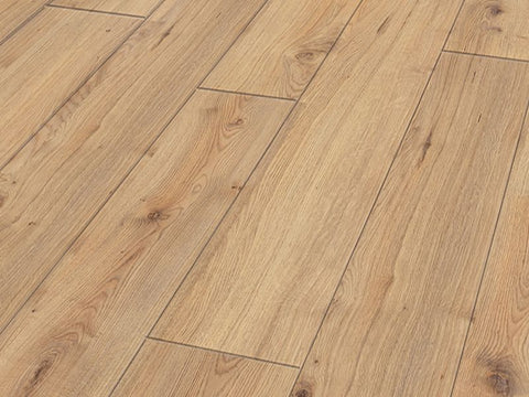 8MM EXCEL 4V AC4 PORTER OAK LAMINATE FLOORING 2.131 m2 per box