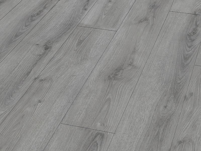 8MM EXCEL 4V AC4 SKELLIG OAK LAMINATE FLOORING €8.15 Per sq Yard
