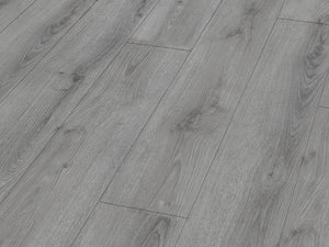 12MM LIFESTYLE 4V AC5 SUMMER OAK GREY EIR LAMINATE FLOORING €13.90 Per sq Yard