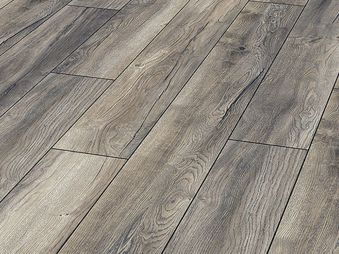 8MM DYNAMIC 4V AC4 BRUNSWICK OAK LAMINATE FLOORING €10.30 Per sq Yard
