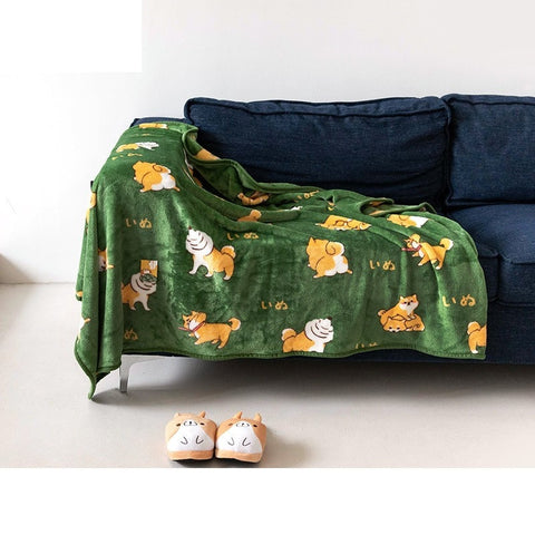 "One Size 60"" x 50"" Green Wool Corgi Throw Blanket"