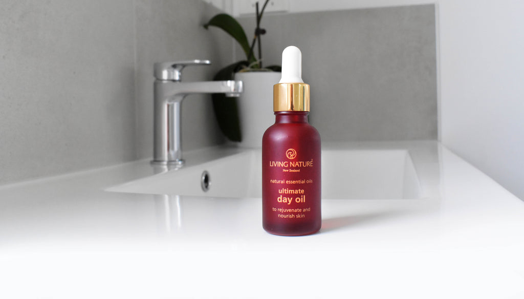 Living Nature's New Certified Natural Ultimate Day Oil