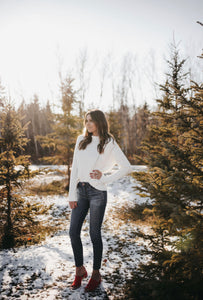 WHITE CHRISTMAS KNIT SWEATER