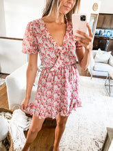 Load image into Gallery viewer, FINAL SALE - JOVI FLORAL MINI DRESS