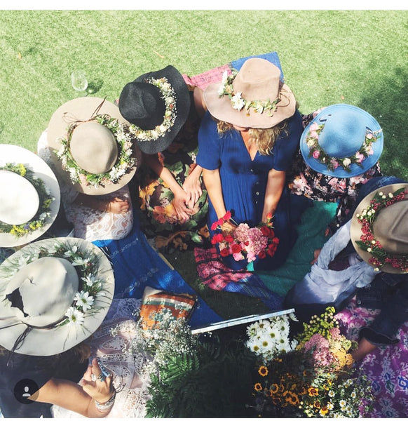 Flower crowns los angeles, flower crowns, fresh flower crown, flower bar, flower crown vendor,flower crowns santa barabra, flower crowns malibu