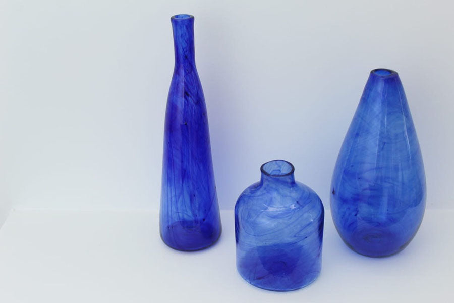 Vase longiligne pour Green Glass Recycling Initiative