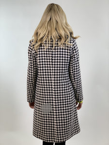 Lucie black and white coat - MSC The Store