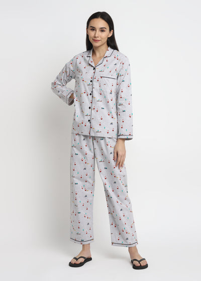 Santa Skiing Print Long Sleeve Women's Night Suit