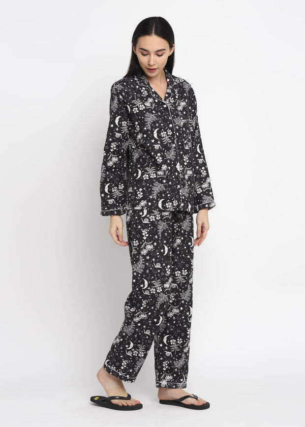 Moonlight Print Cotton Flannel Long Sleeve Women's Night Suit