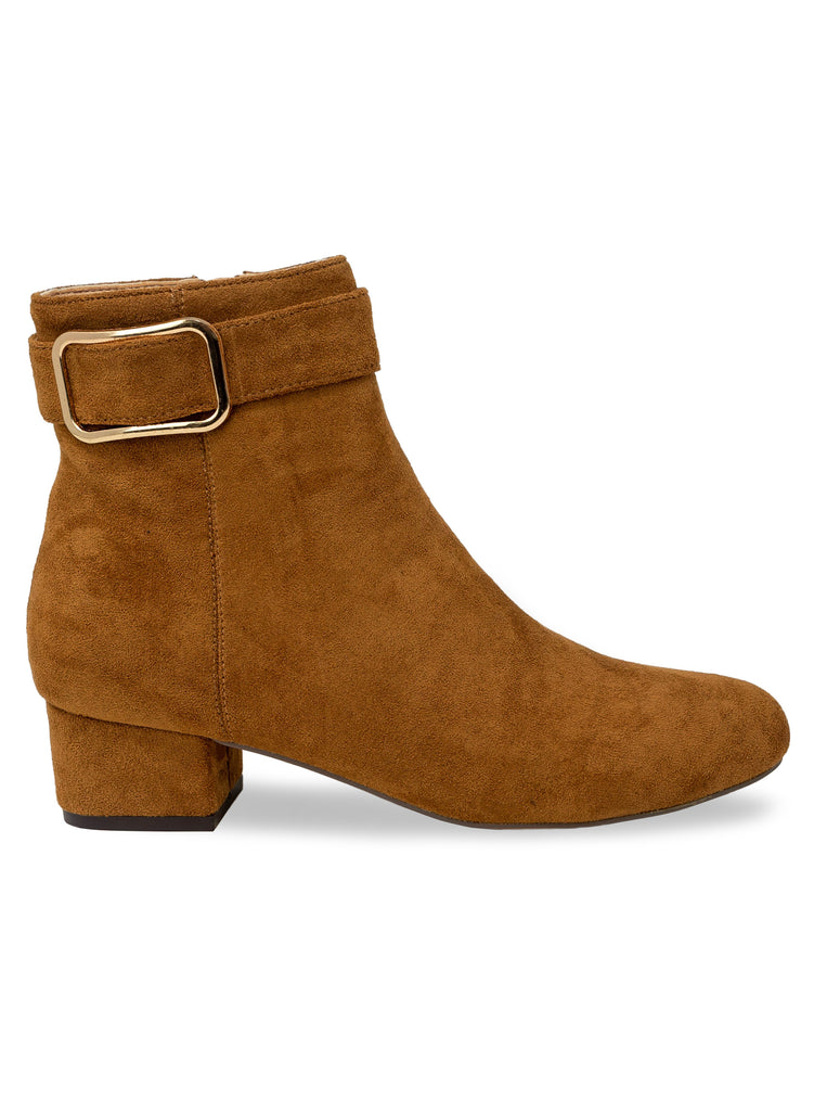 """Buckwild"" - Women's Tan Ankle Chelsea Boot"