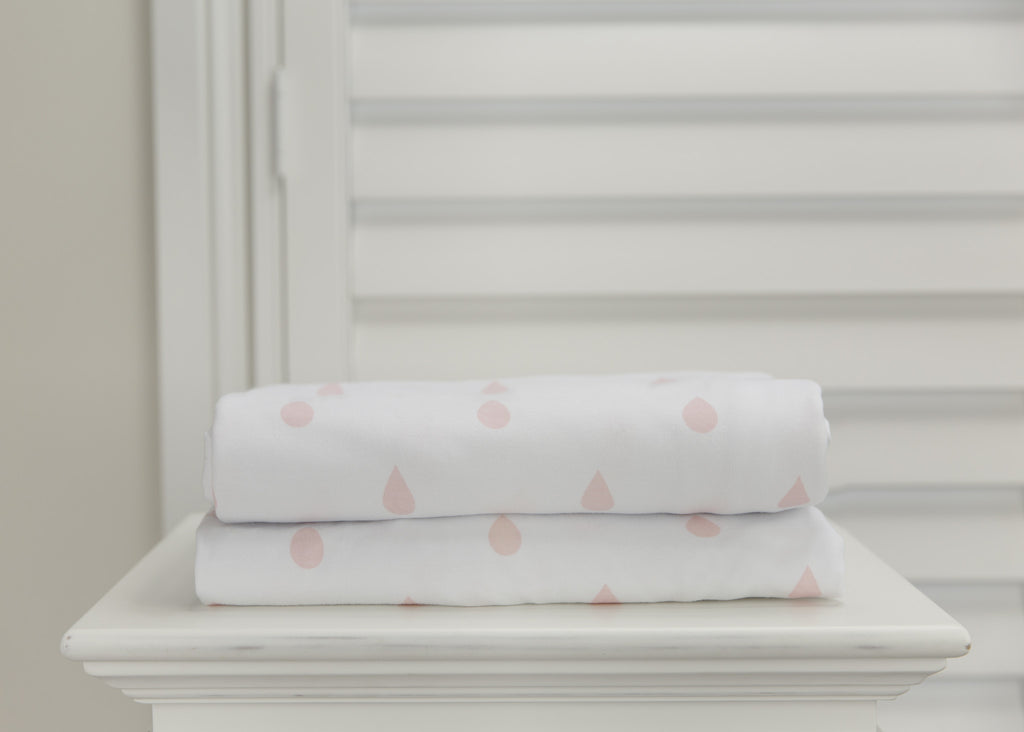 1 piece fitted cot sheet - Vintage pink raindrops