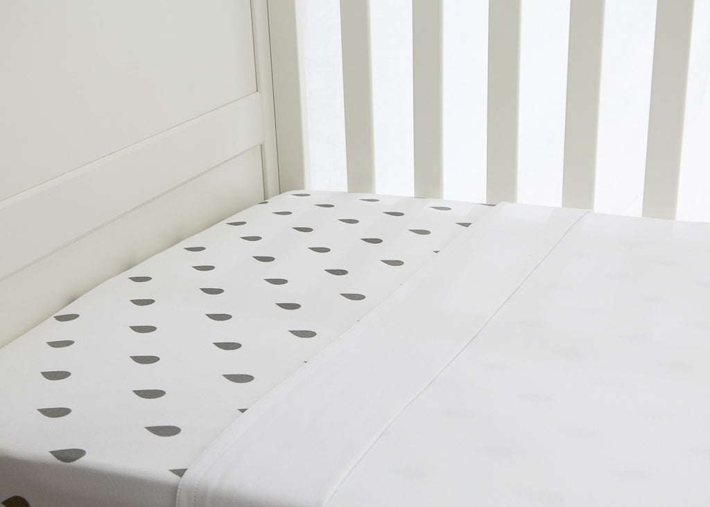 2 piece flat & fitted cot sheet set - Grey raindrop design fitted & Crisp white flat
