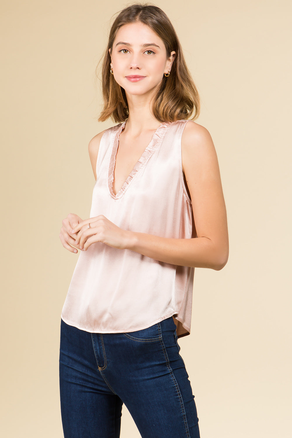 SILKY RUFFLE NECK TANK TOP