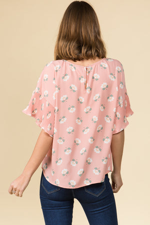 CRYSTAL PLEAT SHORT SLEEVE ROSE PRINTED BLUSH TOP