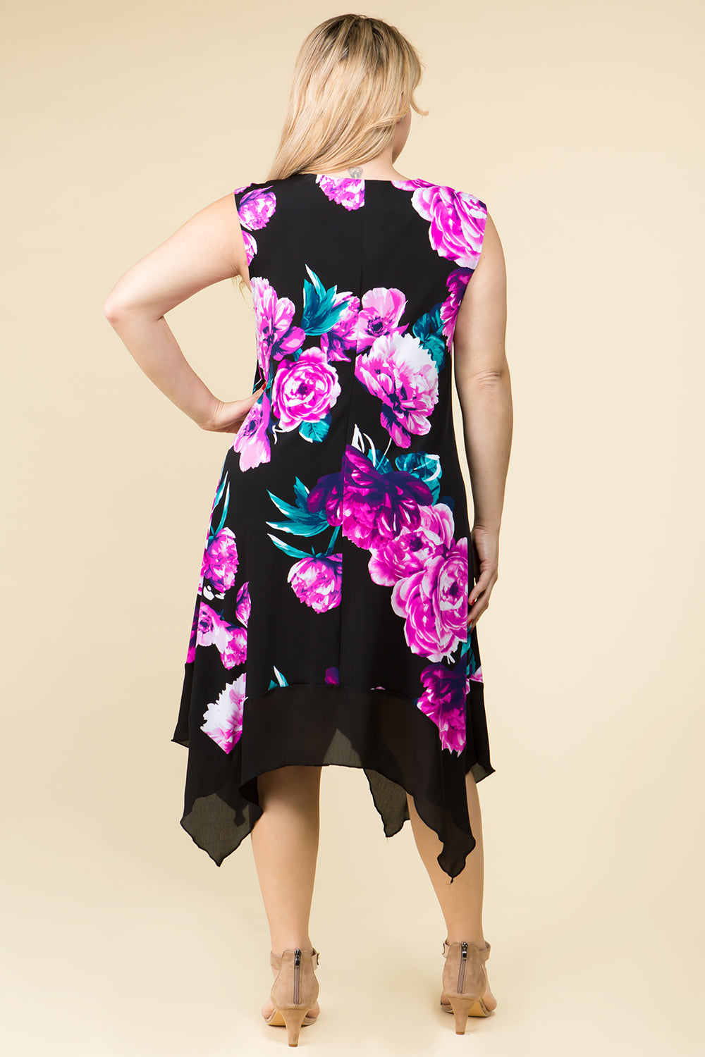 PLUS SIZE ASYMMETRIC HEM FLORAL MIDI KNIT DRESS