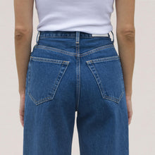 Load image into Gallery viewer, Re/DONE - 30s Ladies Jean, back detail, available at LCD.