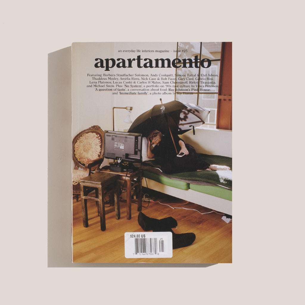 Apartamento - Issue No. 25, front cover.