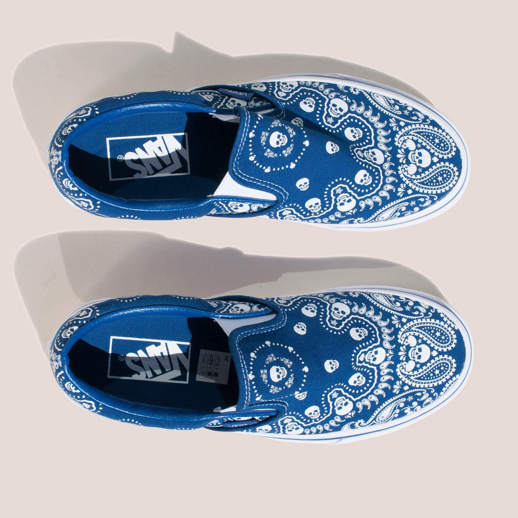 Vans - Classic Slip On in Bandana, aerial view.
