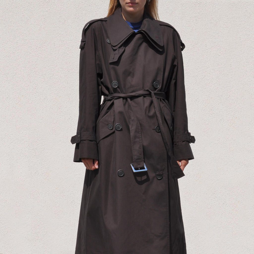 Low Classic - Classic Trench Coat, front view.