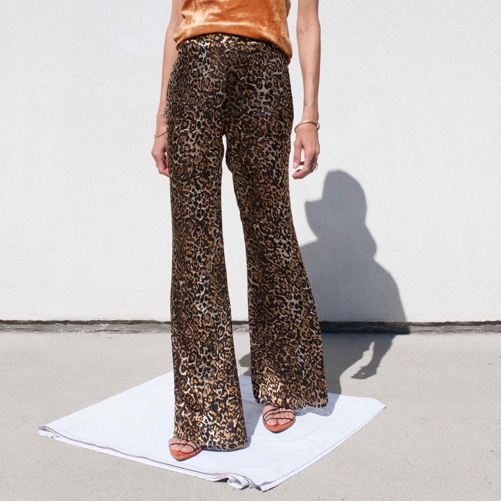 Priscavera - Fitted Flare Pants - Leopard, front view.
