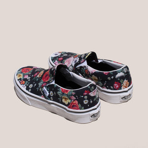 Vans - UA Classic Slip-On - Garden Floral, back view, available at LCD.