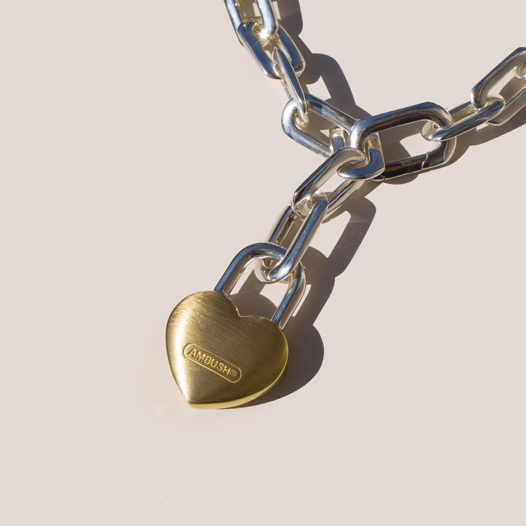 Ambush - Small Heart Padlock Chain Bracelet.
