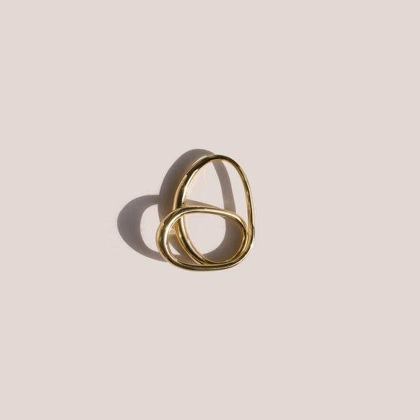 Charlotte Chesnais Heart Ring in yellow gold vermeil, aerial view, available at LCD.