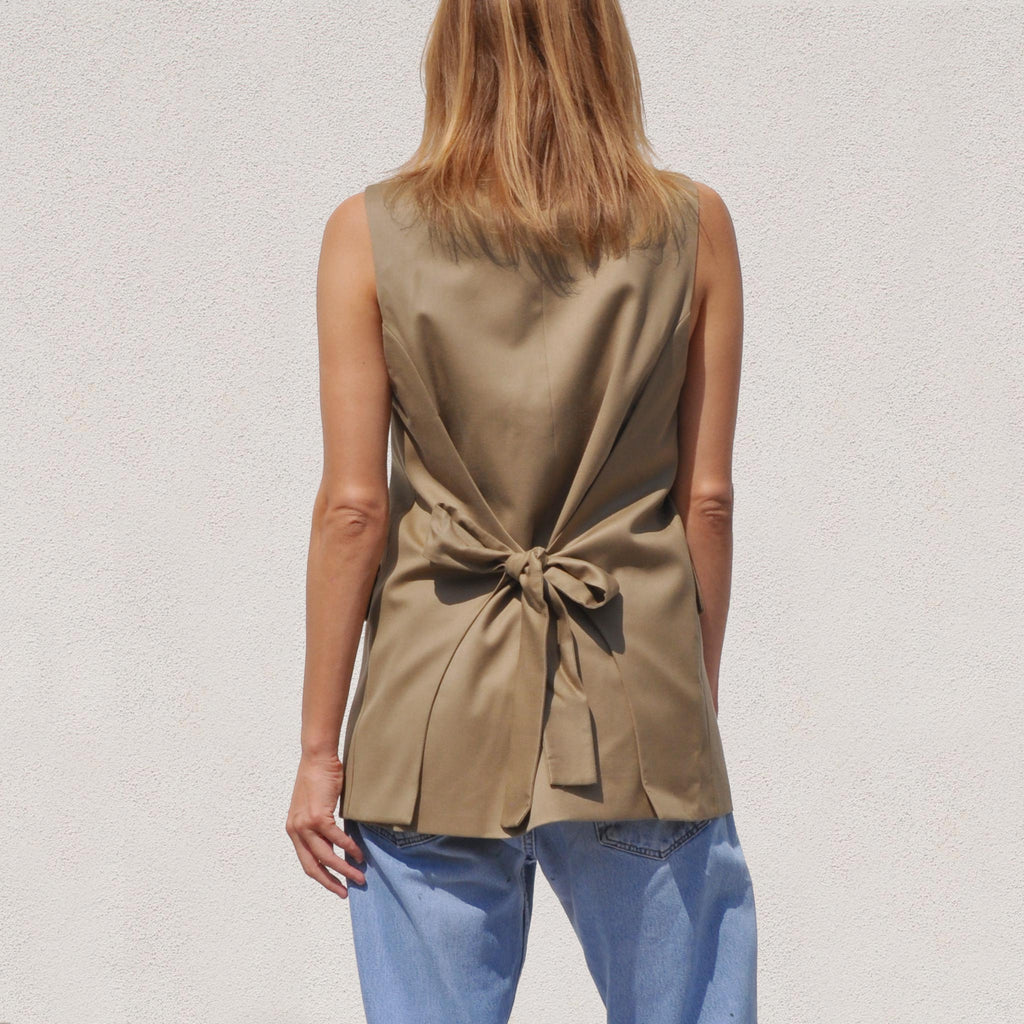 Low Classic - Long Vest, back view, available at LCD.