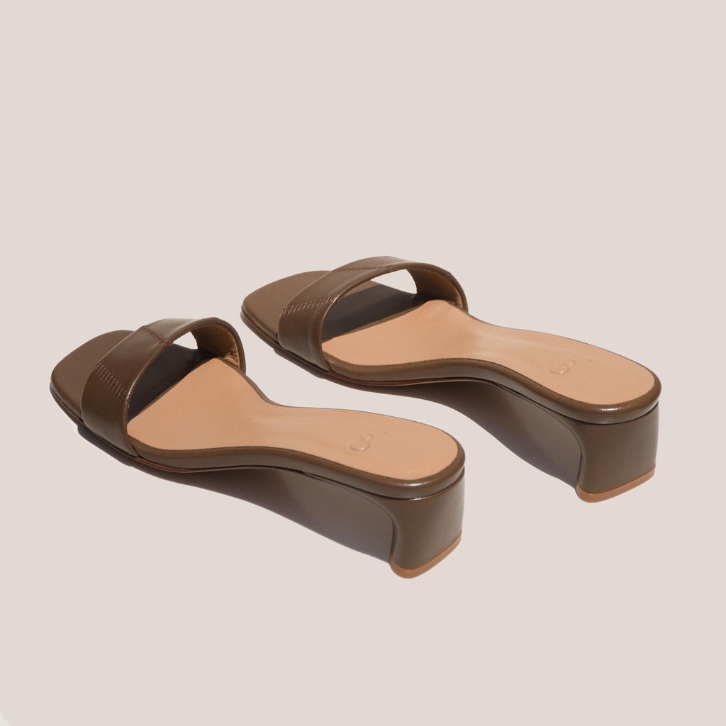 LoQ - Nona Sandals - Mousse, back view, available at LCD.