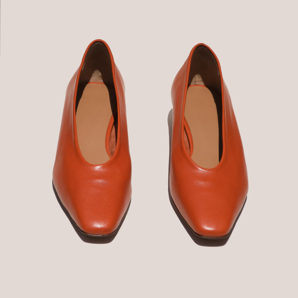 LoQ - Paz Flats - Paprika, front view, available at LCD.