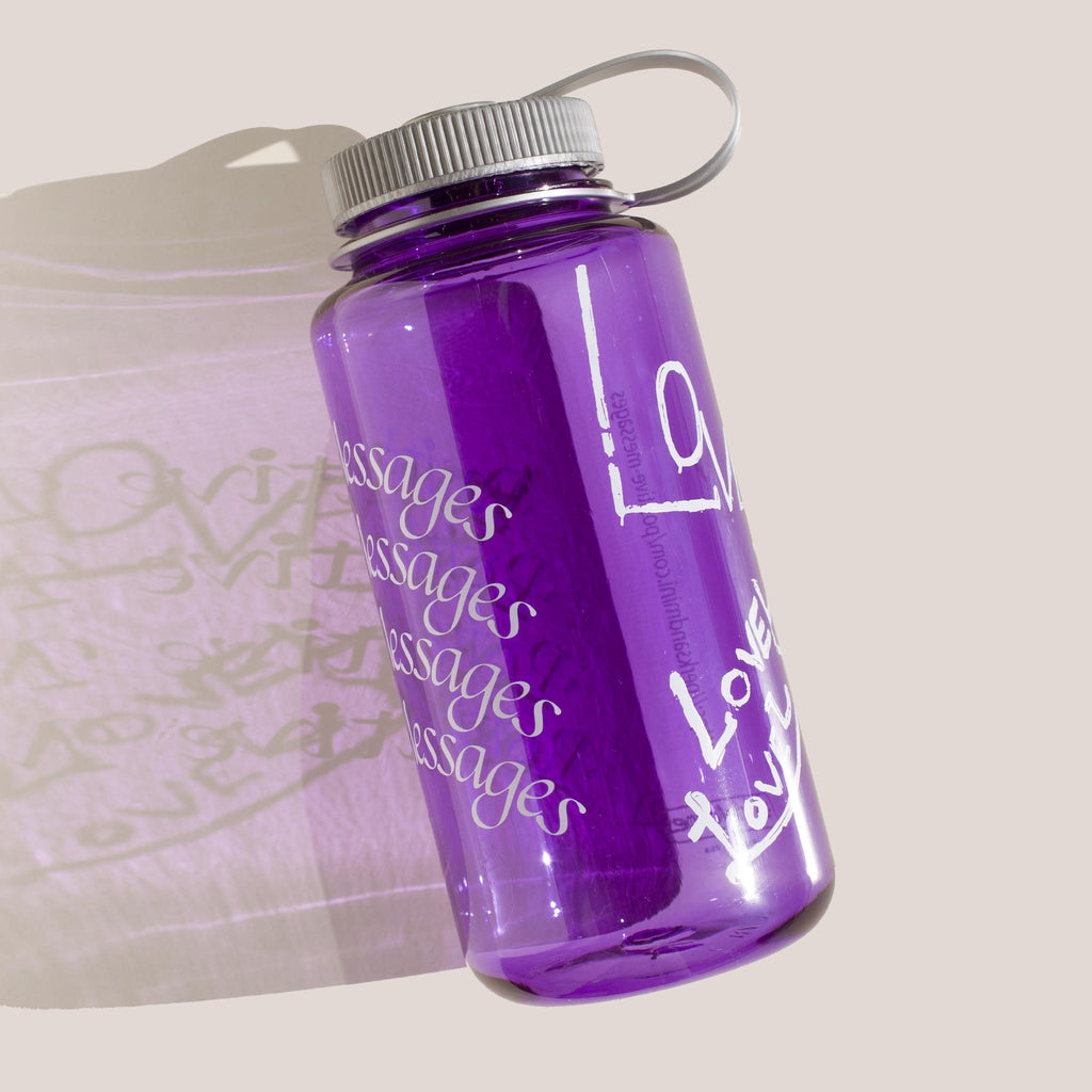 Perks & Mini - Poz Mez Water Bottle in Grape.