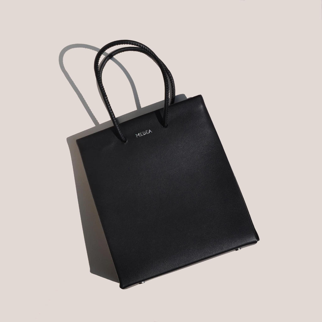 Medea - Prima Short Bag in black, aerial photo.