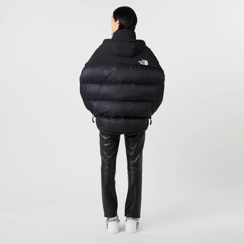 MM6 - Puffer Circle Vest - Black, back view.