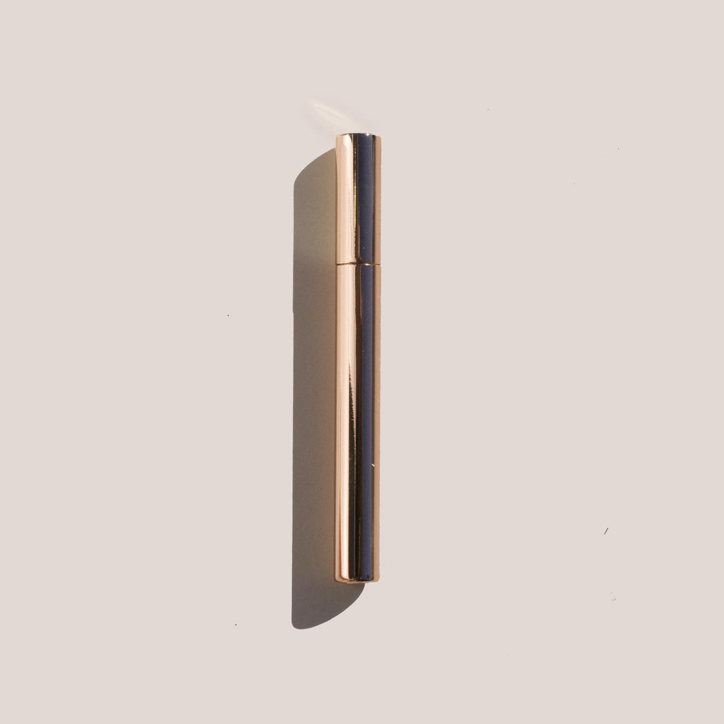 Tsubota Pearl - Sigaretta Stick Lighter in Rose Gold.