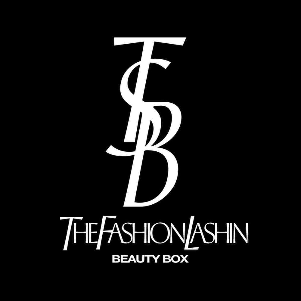 [MONTHLY] The Fashion Lashin Beauty BOX [or] JUST THE TEE
