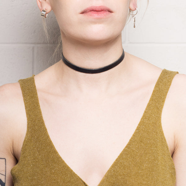 Thin Leather Choker
