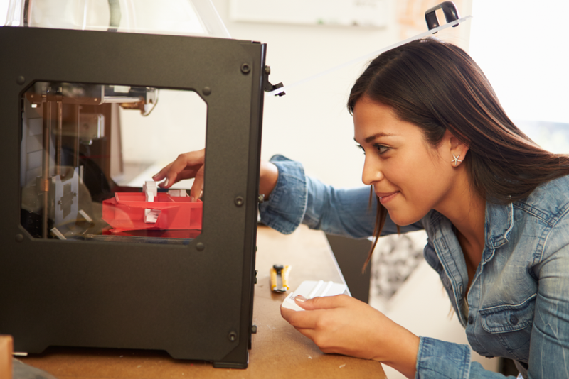 The Pros and Cons of 3D Printing