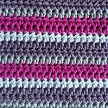 Load image into Gallery viewer, Simple striped cushion cover crochet kit