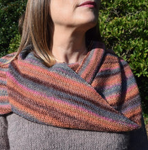 Load image into Gallery viewer, Knit One Kits moss stitch shawl knitting kit
