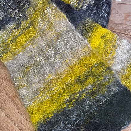 Cable scarf knitting kit
