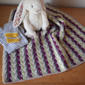 Shell stitch baby blanket - crocheting kit