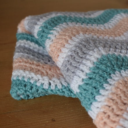 Wave blanket crochet kit