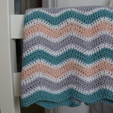 Load image into Gallery viewer, Wave blanket crochet kit