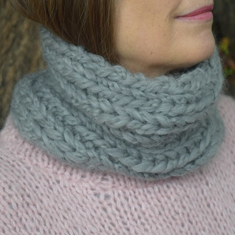 Knitted snood kit