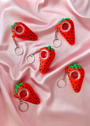 STRAWBERRY UNBREAKABLE KEYCHAIN PIPE