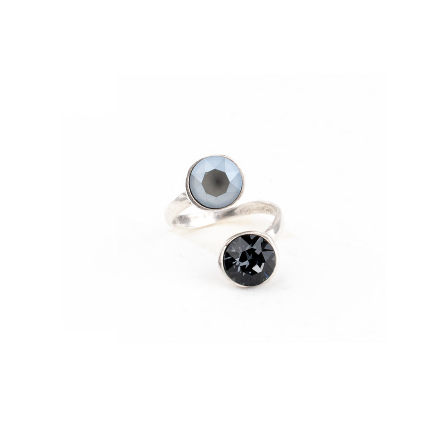 Anello modellabile, lega rame e zinco galvanica in rodio e Cristalli Swarovski Grey Opal e black Diamond