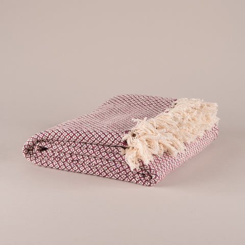 Plum Diamond Weave Cotton Throw