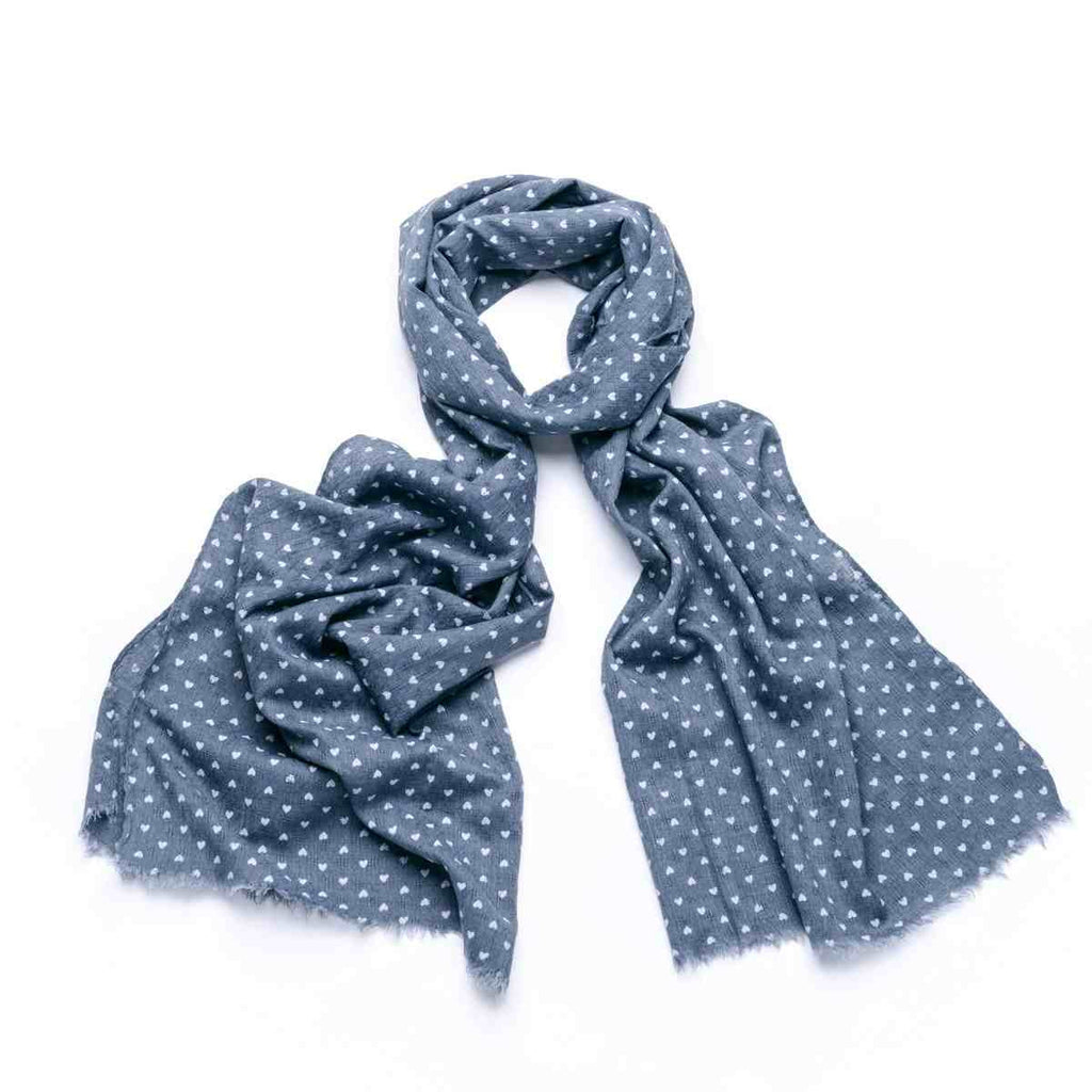 Small Heart Scarf - Grey