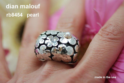 """Blooms"" flower ring with pearl - RB8454"