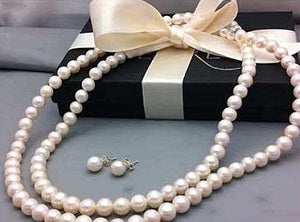 pearl holiday gifts for women